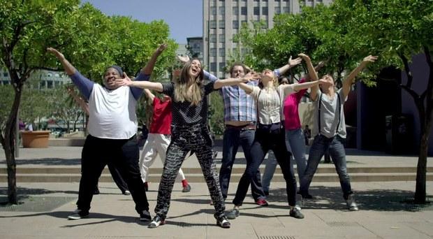 sara-bareilles-choreography-street-brave-video