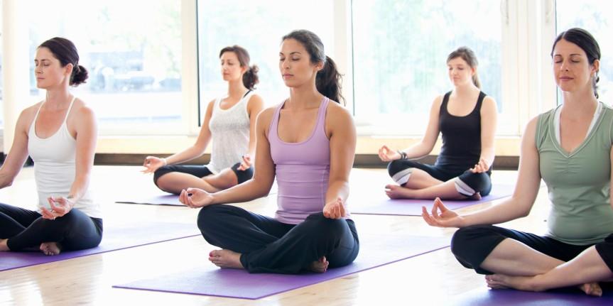 o-women-yoga-class-facebook